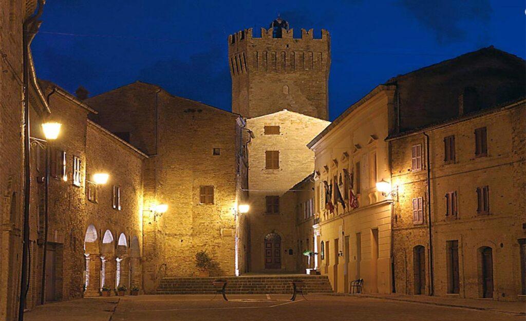 La casa di torre di palme invito a Moresco